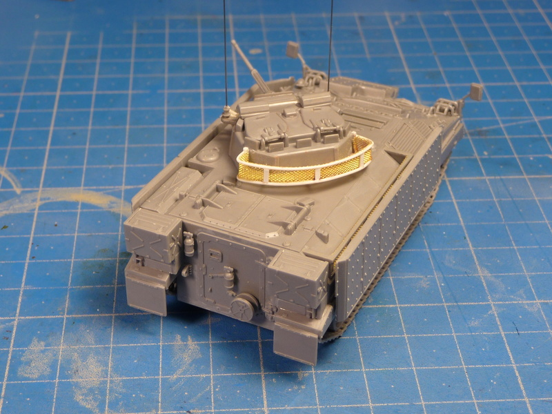 Warrior MCV with add-on armour 1/72 ( Revell 03144 ) *** Terminé en pg 2 P1270119