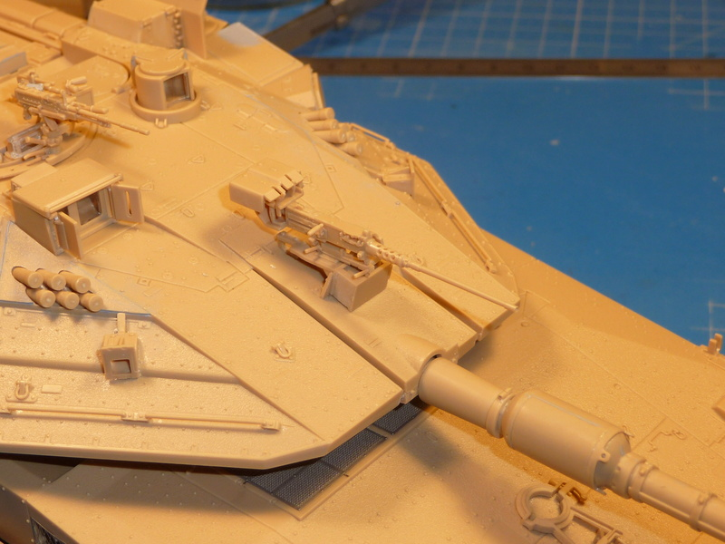 Merkava Mk.4M w/Trophy Active Protection System 1/35 ( Meng TS-036 ) - Page 3 P1270124