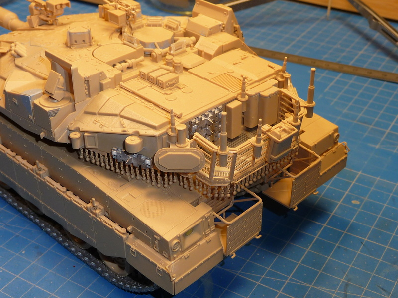 Merkava Mk.4M w/Trophy Active Protection System 1/35 ( Meng TS-036 ) - Page 3 P1270131