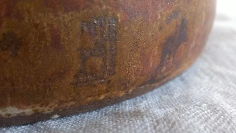 Fine cane handle studio teapot - indistinct signature any idea? Imag2810