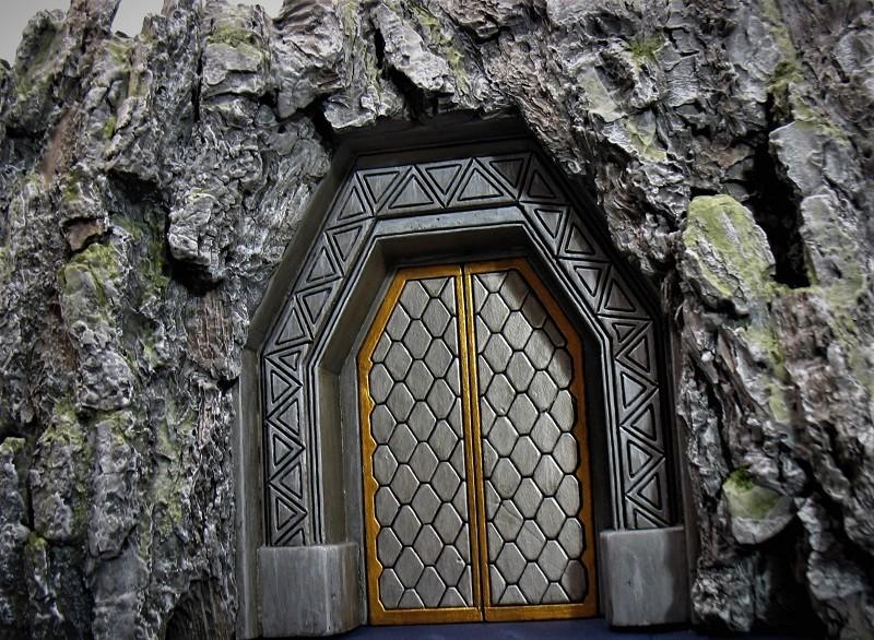 Khazad-Dûm : la Porte de l'Est - Page 3 Img_1817