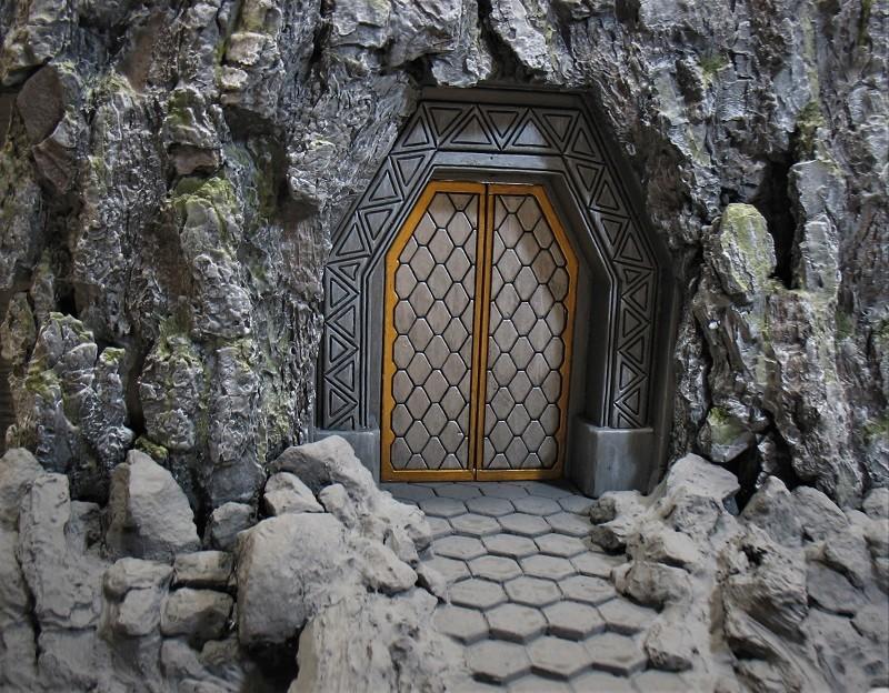 Khazad-Dûm : la Porte de l'Est - Page 3 Img_1835