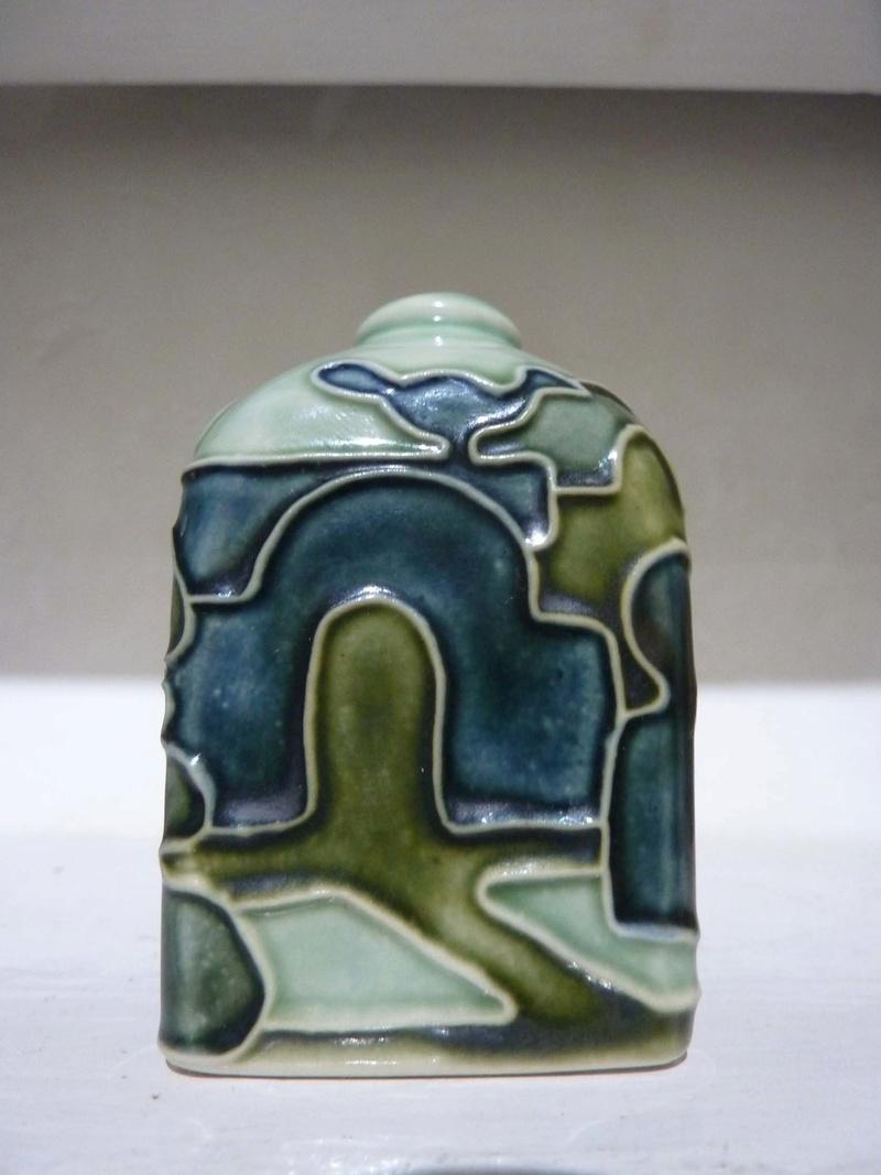 moorcroft 'style' small jar - Jane McCormick 00510