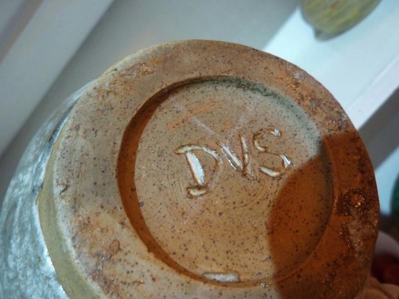 Very heavy vase marked DVS to base... 00610