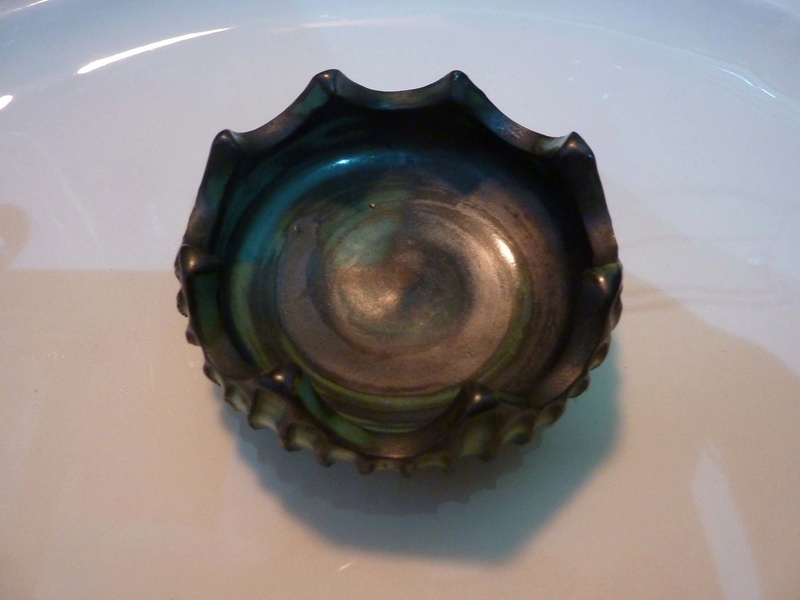 Elizabeth Ann MacPhail pin dish...? 00810