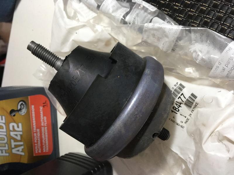VENTA: soporte motor original (trompo), pastillas bosch 206-207-307, valvulina motul 75w80, fluidina total dir hiraulica 7694c810