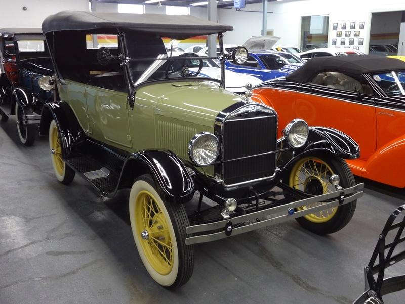 Recente visite chez John Scotti Classic Cars Fdmvh_11