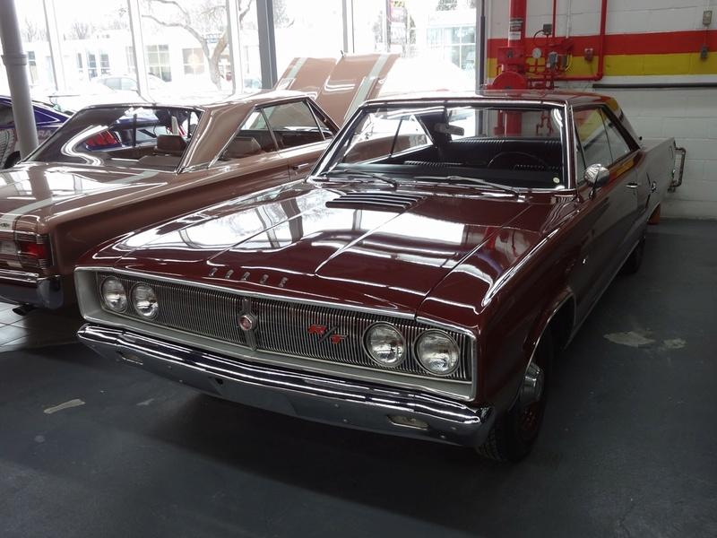 Recente visite chez John Scotti Classic Cars Momvh_12