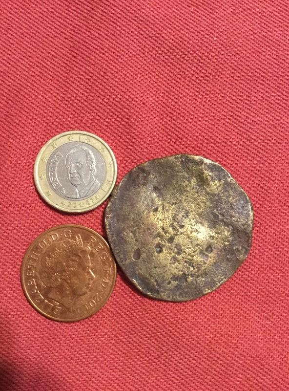 ¿es una moneda? Img_1312