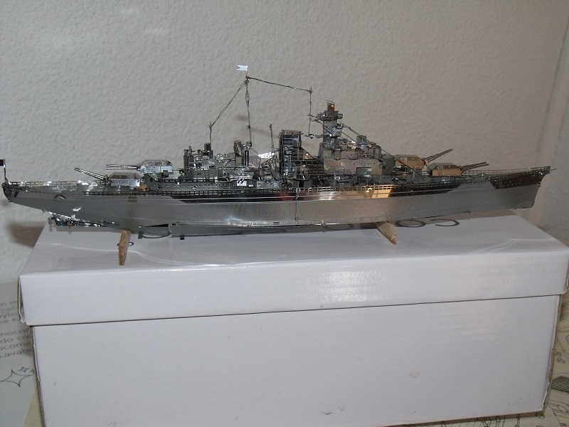 BISMARCK metal Dscf5828