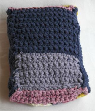 [Vente] Poufs, lit, sac de couchage taille Bratz Dsc_0416