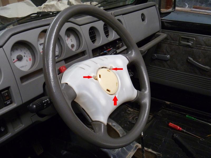 Démontage tableau de bord sur un zuk essence de 2002. Tb210