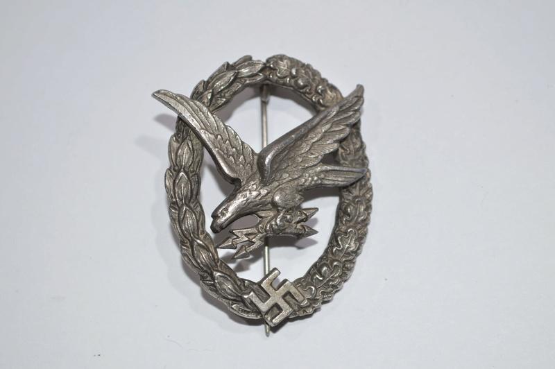 Identifications Insigne Allemand WW2  Dsc_4225