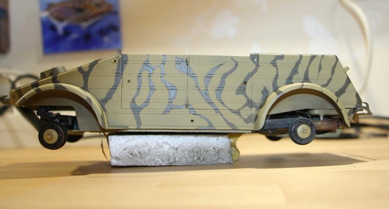 Kübelwagen type 82 1/16 Tamiya - Page 2 Img_6516