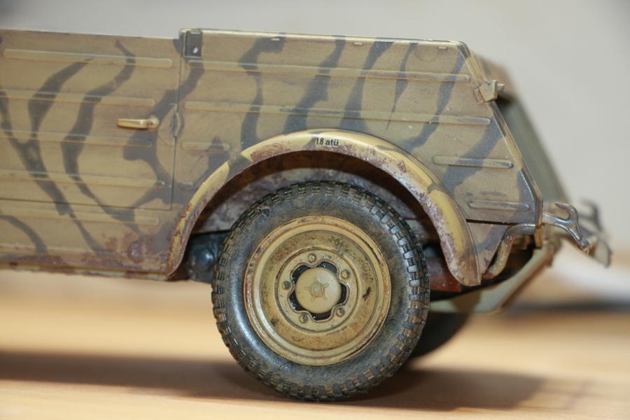 Kübelwagen type 82 1/16 Tamiya - Page 2 Img_6533