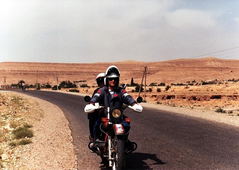 Vos plus belles photos de motos - Page 30 1987-011