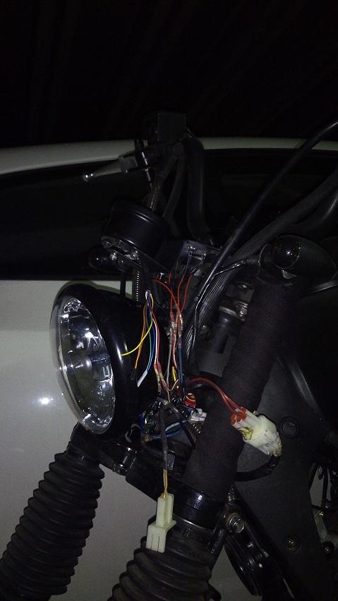 Modificaciones en Keeway Superlight (1) - Faro Delantero Img_2015
