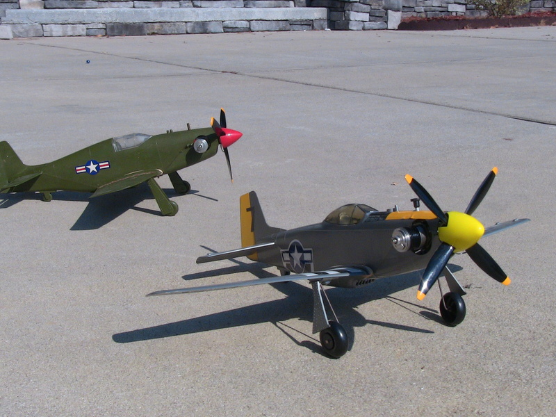 My Cox P-51 Mustangs, slightly modified  Img_0226