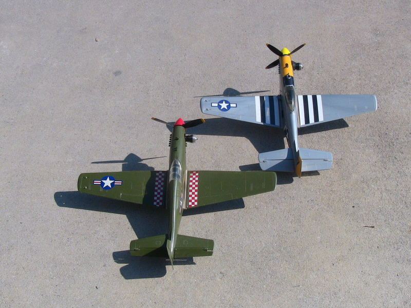 My Cox P-51 Mustangs, slightly modified  Img_0227