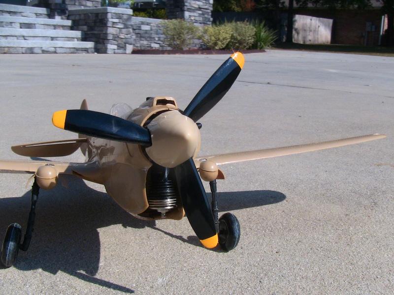 Cox P-40 and Testors P-40 Img_0233