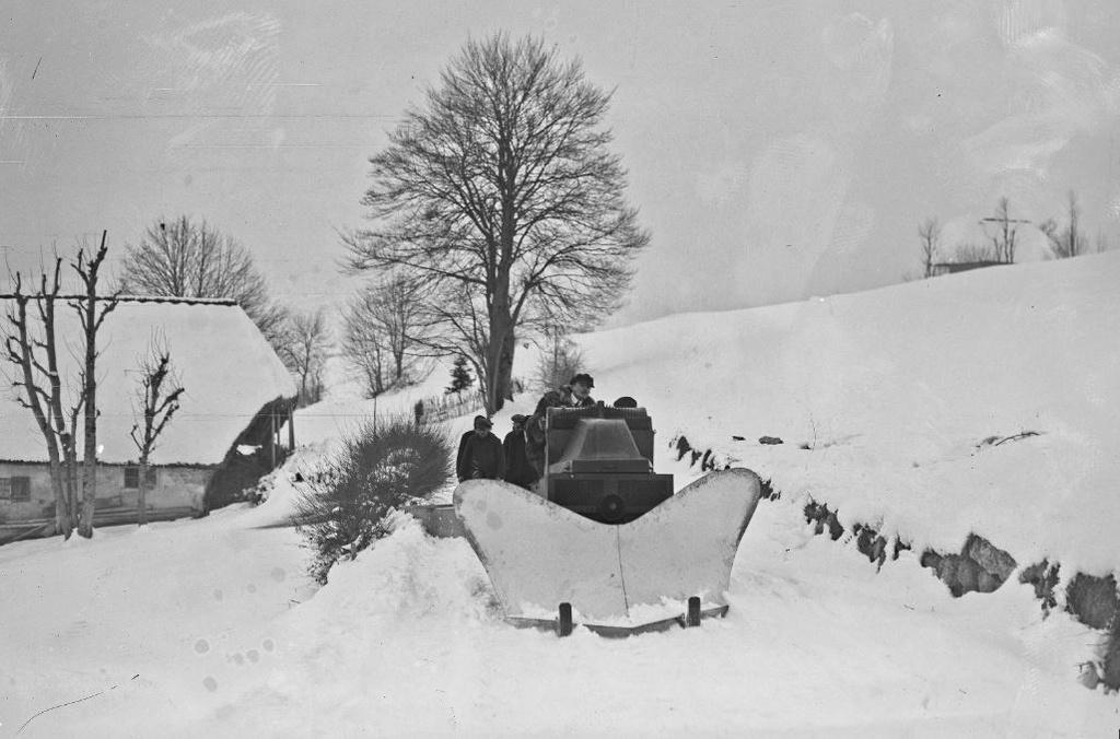 Concours de chars de montagne  au Mont Revard 788