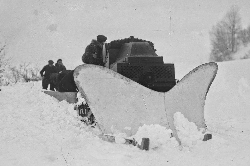 Concours de chars de montagne  au Mont Revard 8100
