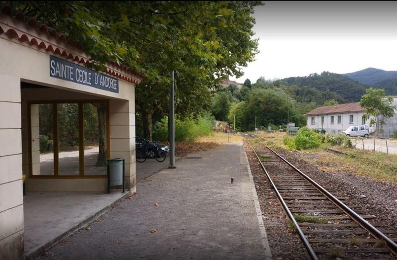 Le Relais routier de Ste Cécile d'Andorge (Gard) 929