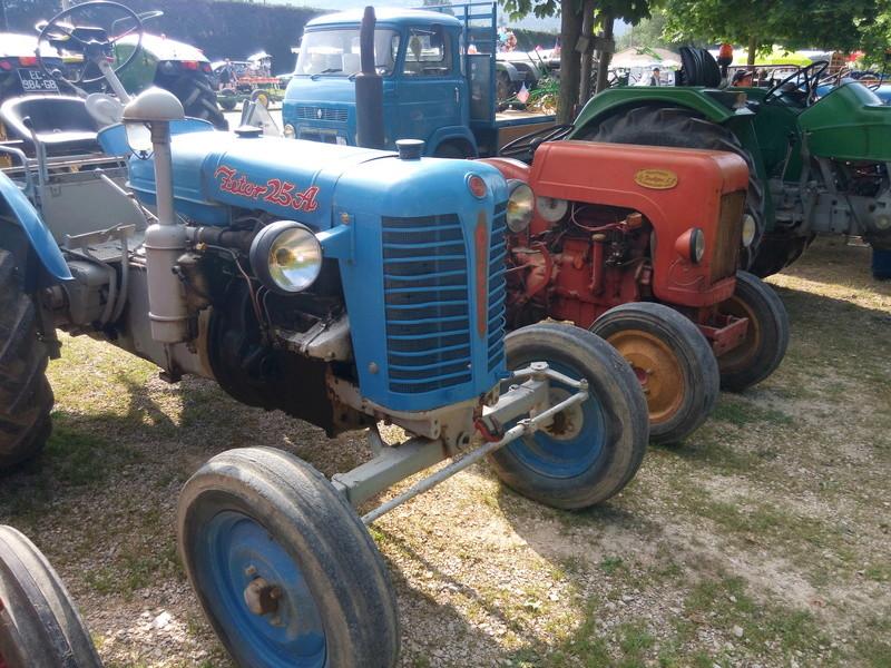 84 - MALAUCENE  Tracteurs, camions, autos, motos.... - Page 3 Img_2603