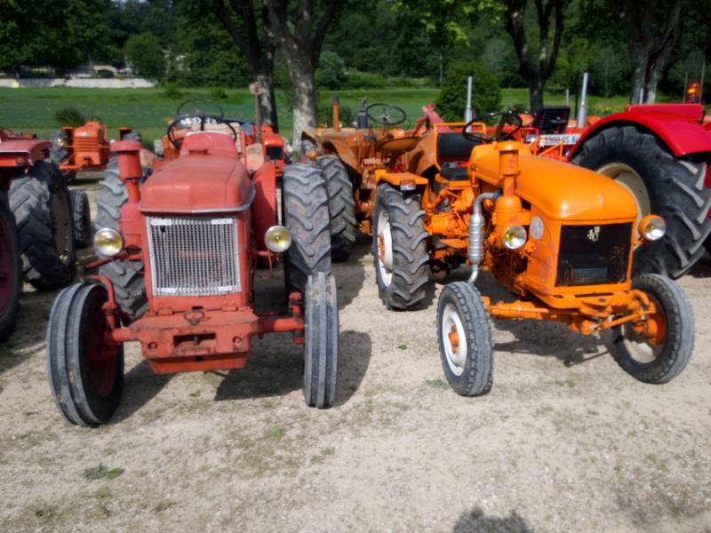 84 - MALAUCENE  Tracteurs, camions, autos, motos.... - Page 3 Img_2607