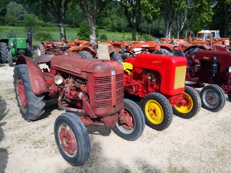 84 - MALAUCENE  Tracteurs, camions, autos, motos.... - Page 3 Img_2608