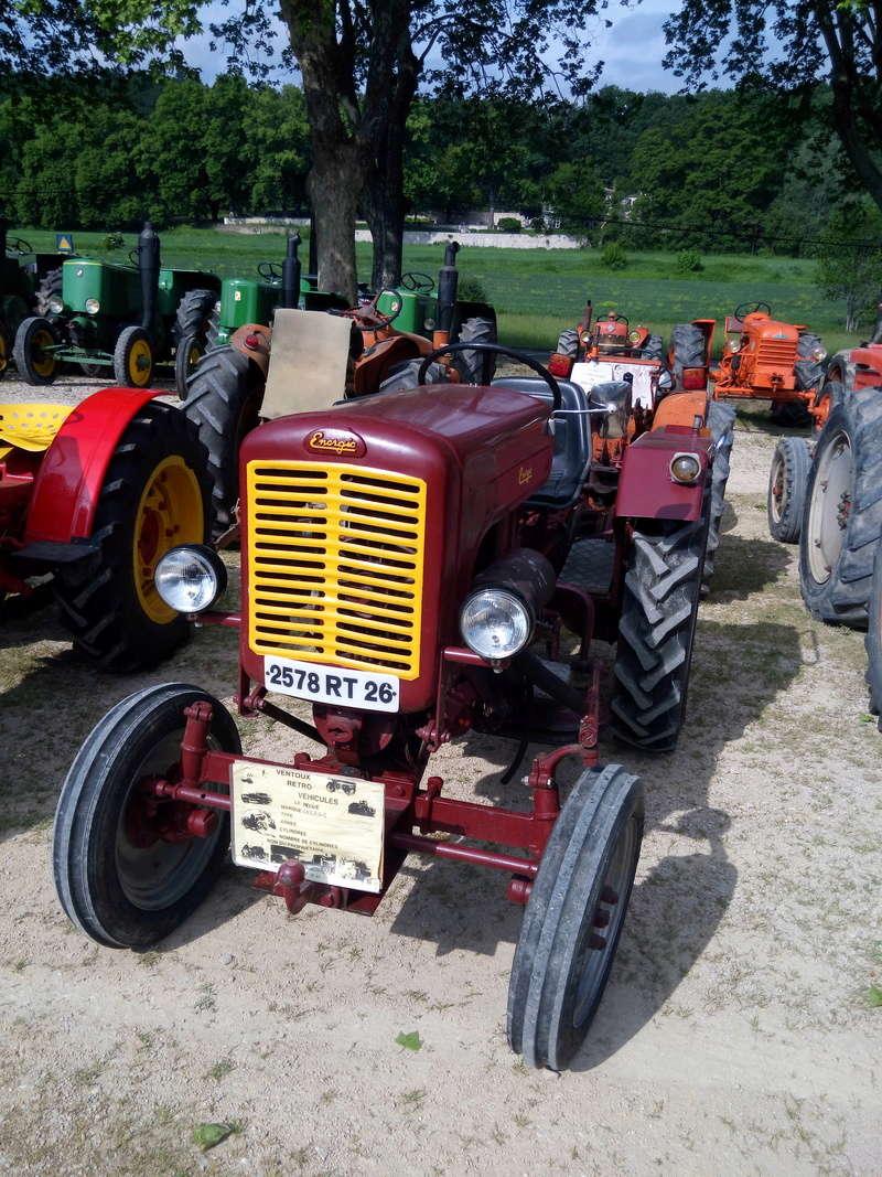 84 - MALAUCENE  Tracteurs, camions, autos, motos.... - Page 3 Img_2609