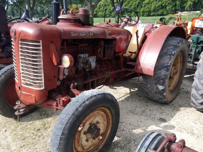 84 - MALAUCENE  Tracteurs, camions, autos, motos.... - Page 3 Img_2614