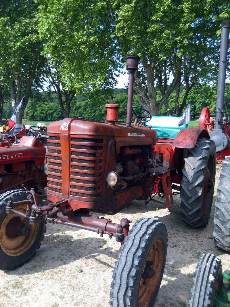 84 - MALAUCENE  Tracteurs, camions, autos, motos.... - Page 3 Img_2620