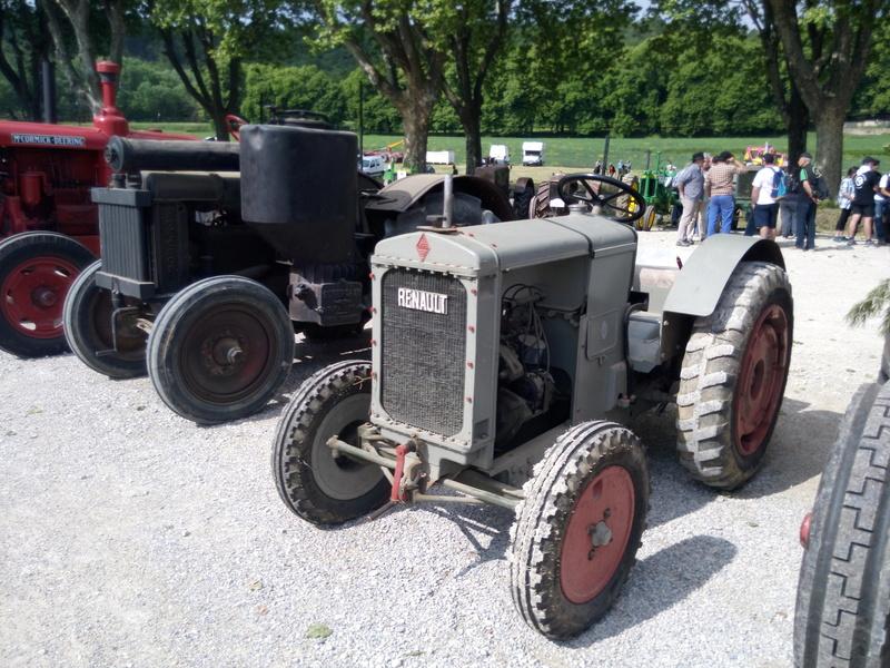 84 - MALAUCENE  Tracteurs, camions, autos, motos.... - Page 3 Img_2638