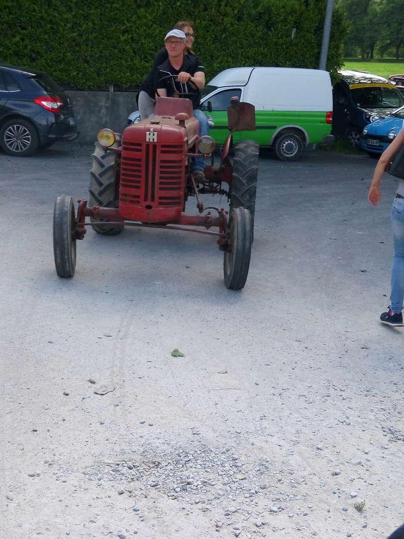 84 - MALAUCENE  Tracteurs, camions, autos, motos.... - Page 3 Img_2659