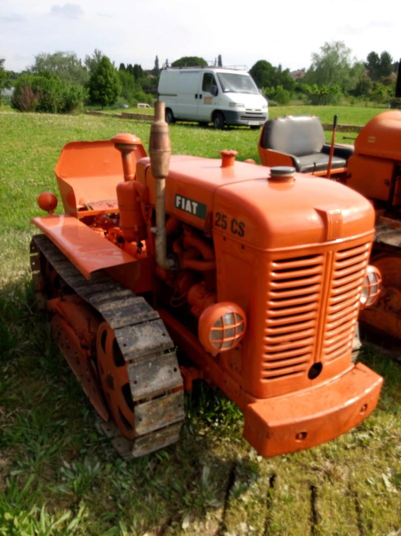 84 - MALAUCENE  Tracteurs, camions, autos, motos.... - Page 3 Img_2665