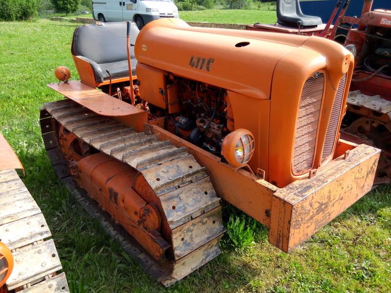 84 - MALAUCENE  Tracteurs, camions, autos, motos.... - Page 3 Img_2666
