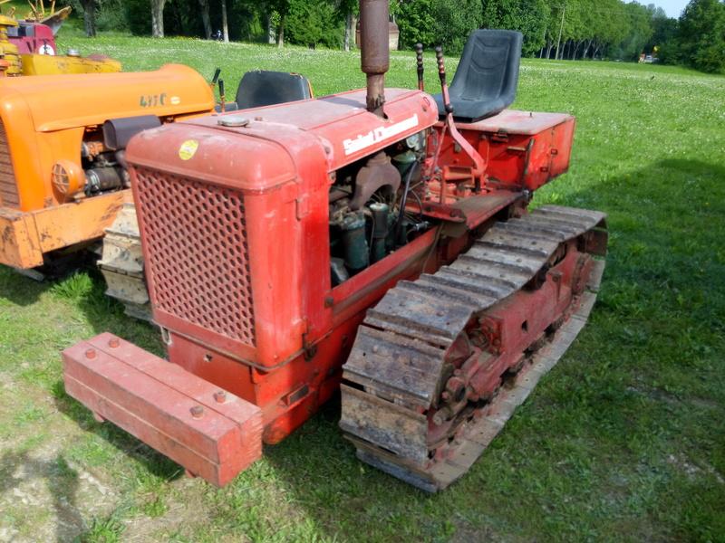84 - MALAUCENE  Tracteurs, camions, autos, motos.... - Page 3 Img_2668