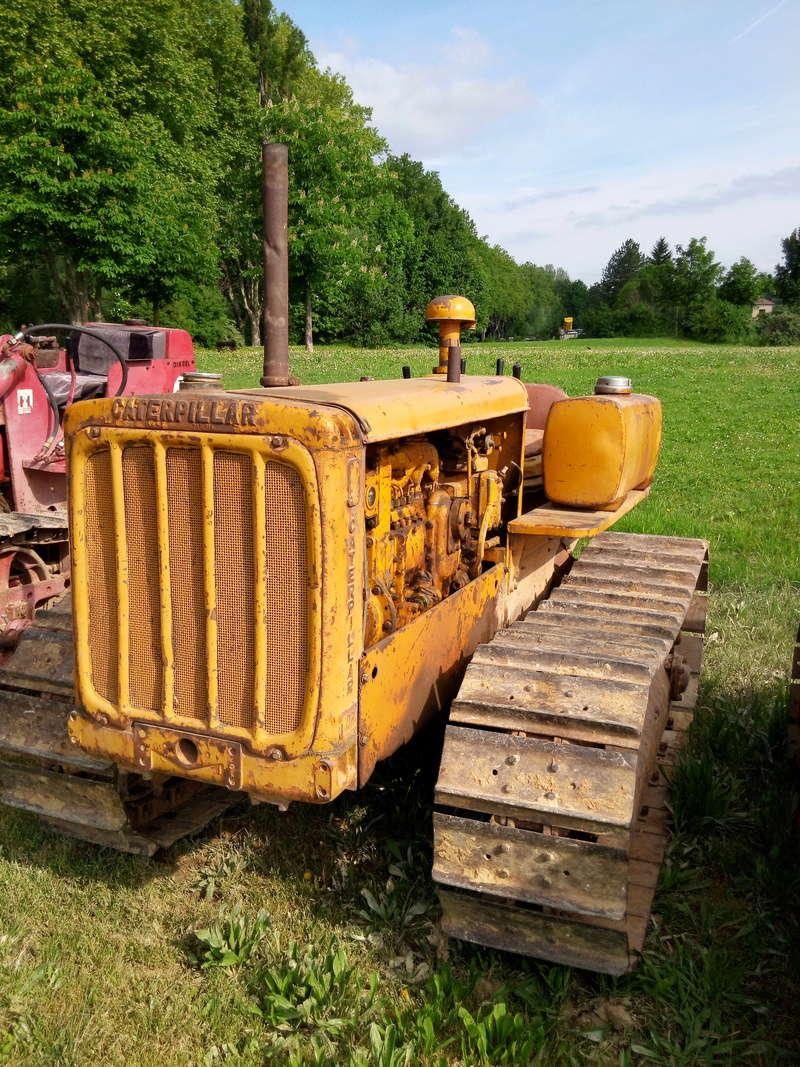 84 - MALAUCENE  Tracteurs, camions, autos, motos.... - Page 3 Img_2669