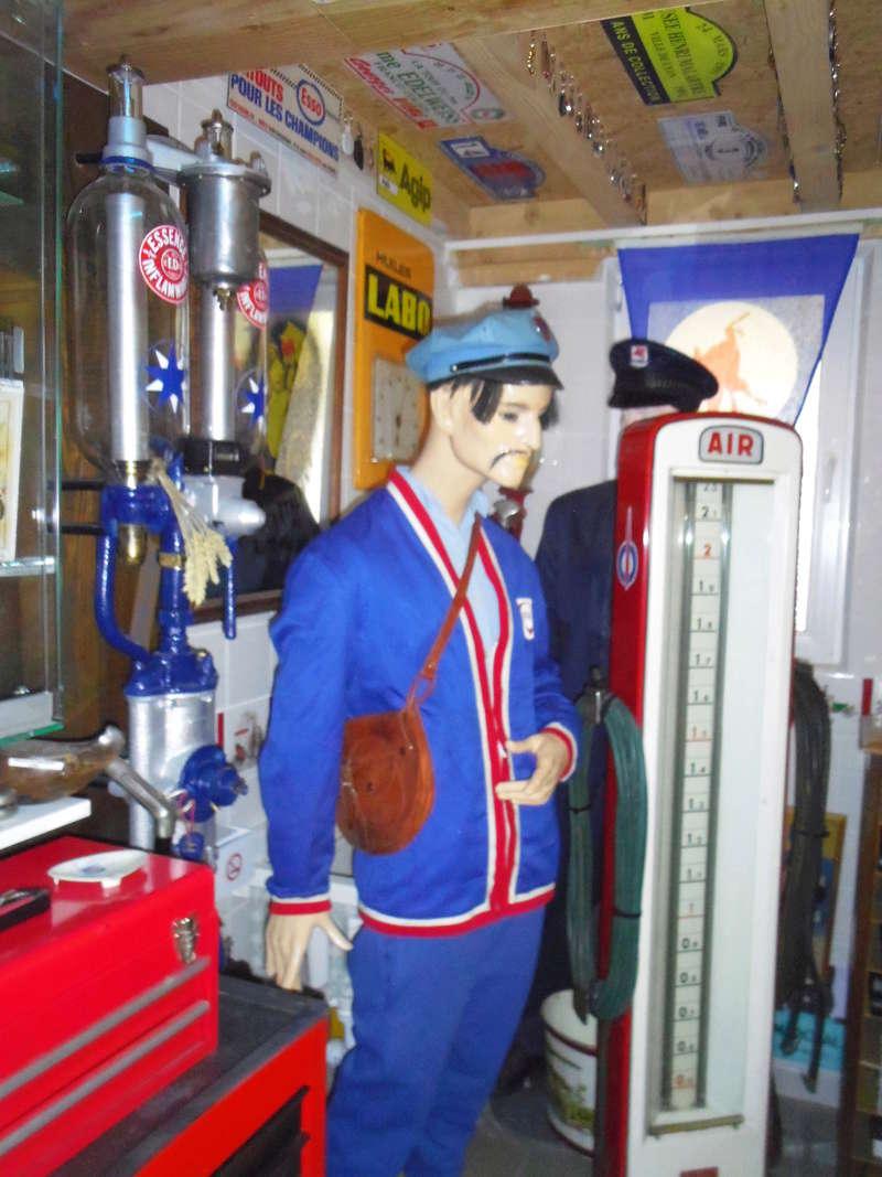 un petit Musée privé sur le thème des vieilles pompes à essence Imgp0734