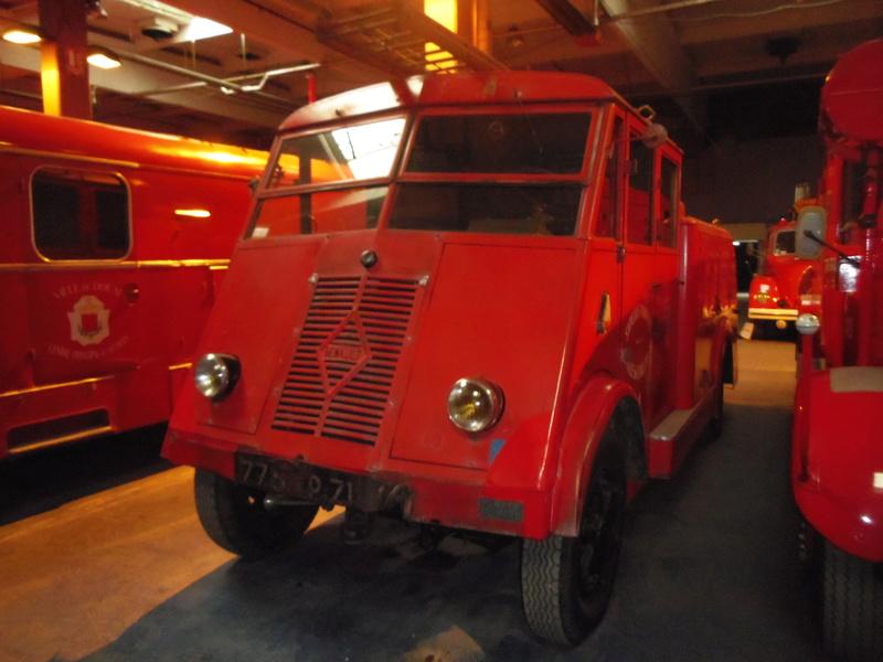Des camions à gogo....Musée des sapeurs pompiers de Lyon - Page 4 Imgp0835
