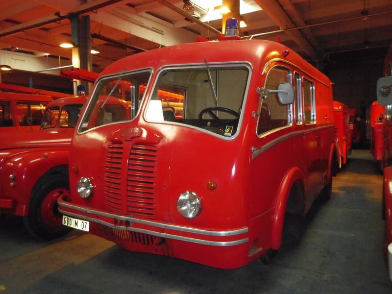 Des camions à gogo....Musée des sapeurs pompiers de Lyon - Page 4 Imgp0839