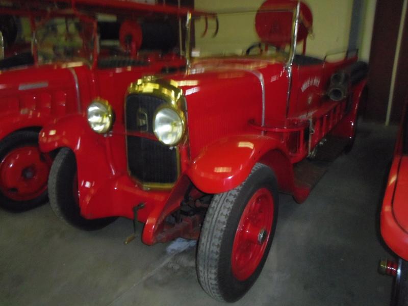 Des camions à gogo....Musée des sapeurs pompiers de Lyon - Page 5 Imgp0949