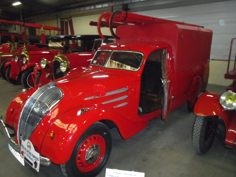 Des camions à gogo....Musée des sapeurs pompiers de Lyon - Page 5 Imgp0951