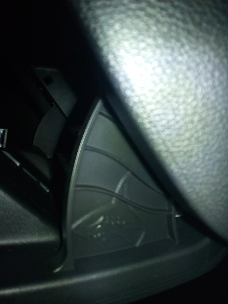 Tiburon escondido en nuestros coches Img_2016