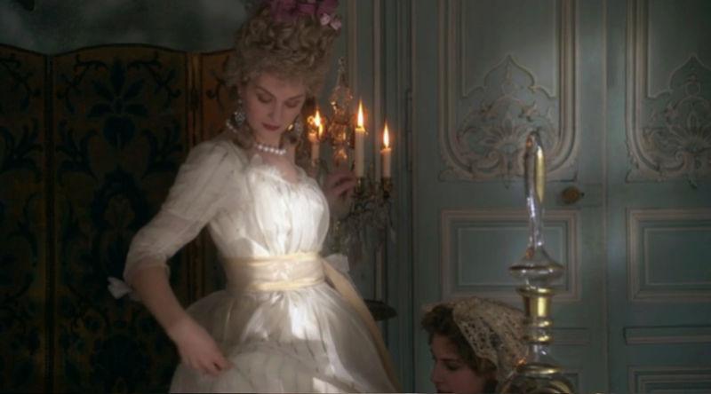 """En exclusivité, """"Le Versailles secret de Marie Antoinette"""" (docu Arte)  - Page 2 Zzz9-425"""