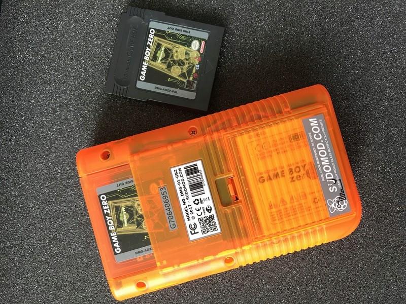 [TERMINÉ]YaYa's MintyPi - Console portable dans une boite de bonbons à la menthe de 9x6x3cm 39679210