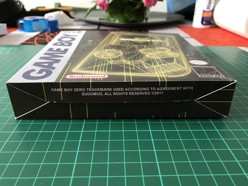 [TERMINÉ]YaYa's MintyPi - Console portable dans une boite de bonbons à la menthe de 9x6x3cm A53ce110
