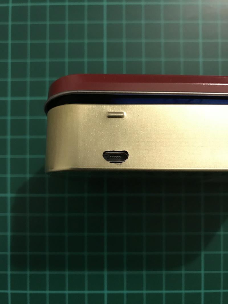 [TERMINÉ]YaYa's MintyPi - Console portable dans une boite de bonbons à la menthe de 9x6x3cm Img_1137