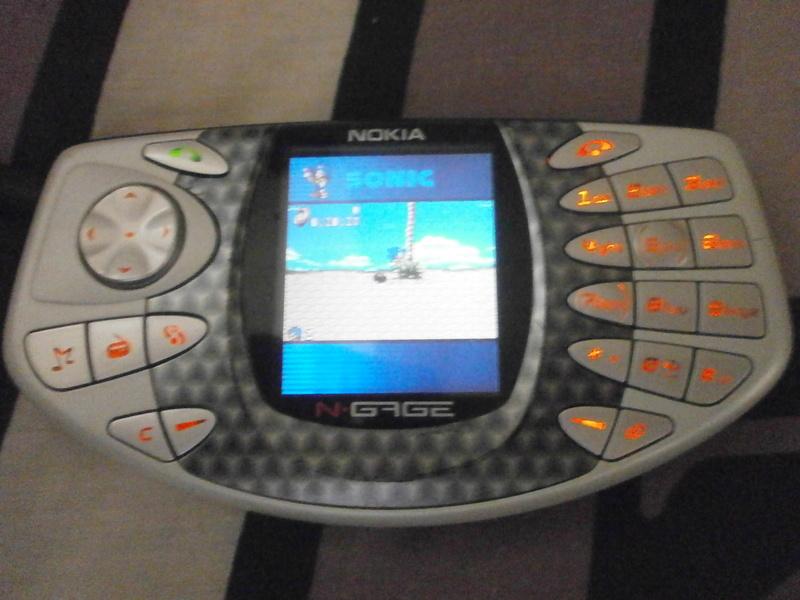 [ESTIM] Nokia N-Gage + 4 jeux P9140112
